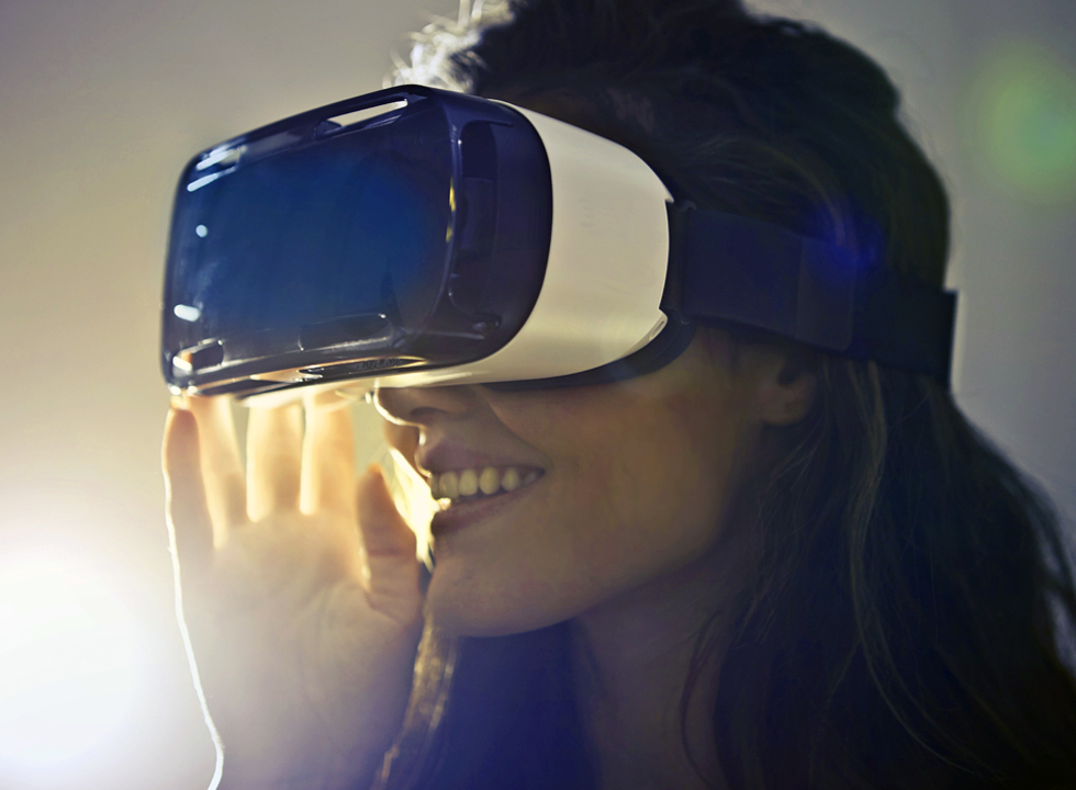 VR Experience. Image/www.pexels.com